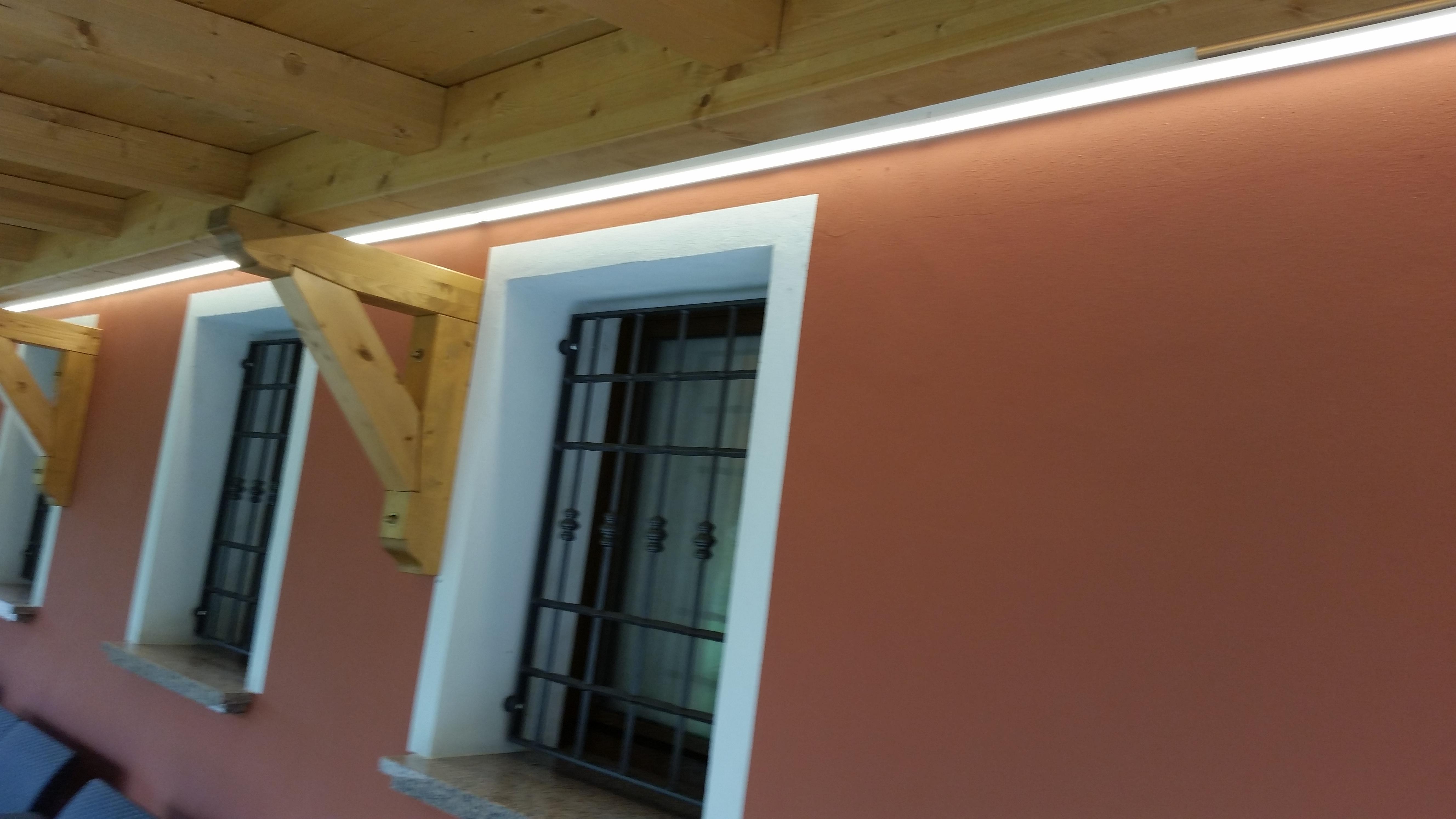 Illuminazione portico esterno con binario led bottura impianti